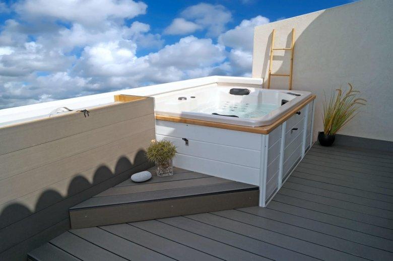 Spa extérieur terrasse