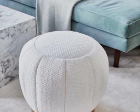 boucle-pouf-sofa