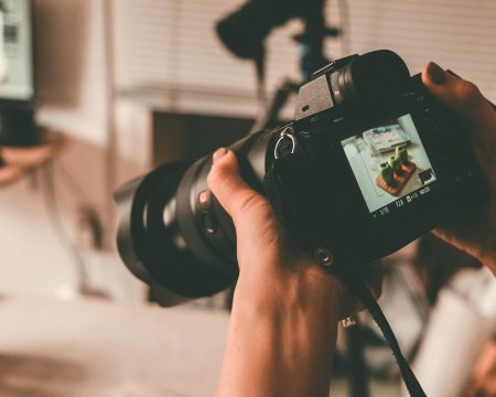 Taking photos with DSLR Camera