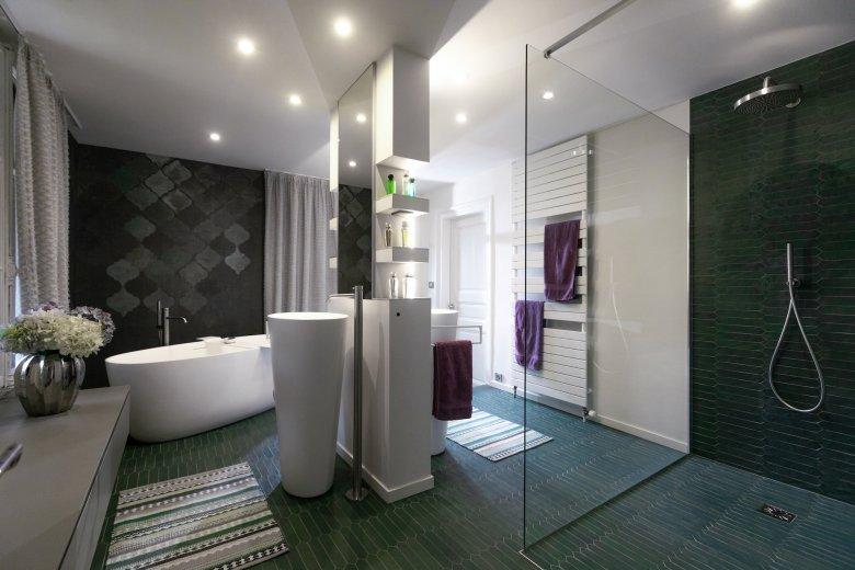 Bathr Room