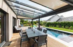 PERGOLA toiture de terrasse vitrée